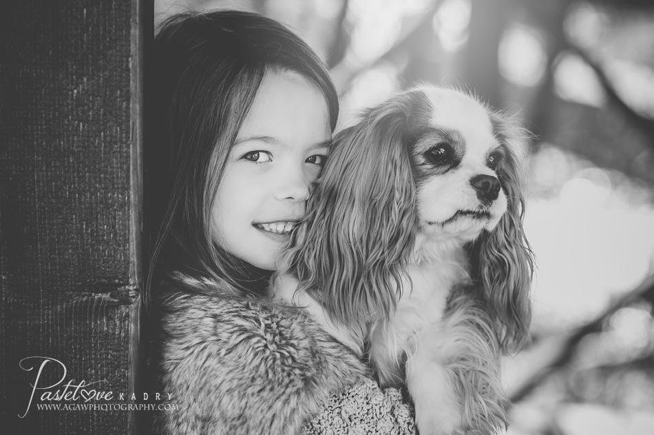 dziewczynka i pies